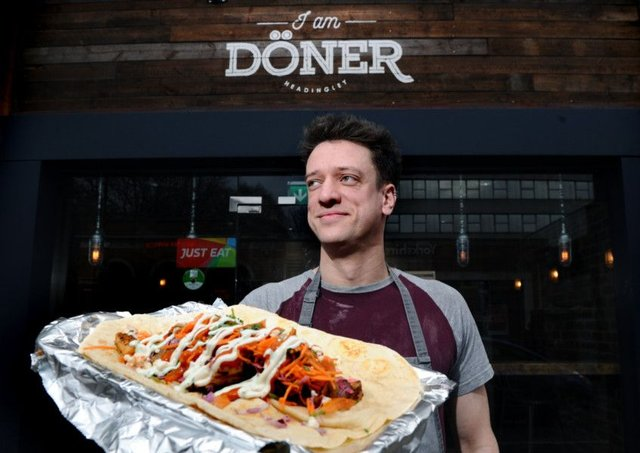 Top National Award For Leeds Kebab Shop Which Attracts