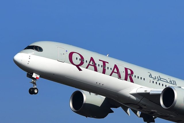 This is how frontline health workers can apply to win free Qatar Airway tickets (Photo: Shutterstock)