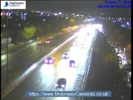 Crash causes long delays on M621