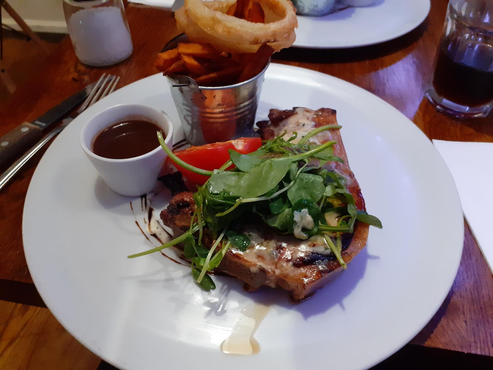 Review: La Rue, Saltaire - 'so nice it was annoying'