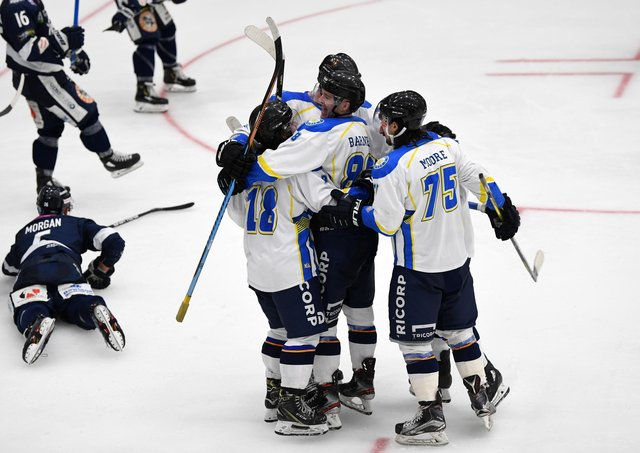 HISTORY: Lewis Houston, is mobbed by his team-mates after becoming the first Leeds Chiefs' player to score at Elland Road, albeit in a 4-1 opening night defeat to Sheffield Steeldogs. Picture: Jonathan Gawthorpe.