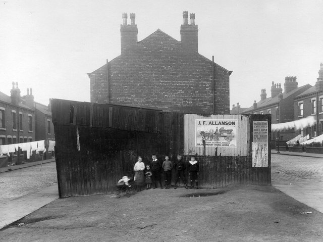 Enjoy these photos showcasing life in Leeds more than 100 years ago. PICS: Leeds Libraries, www.leodis.net