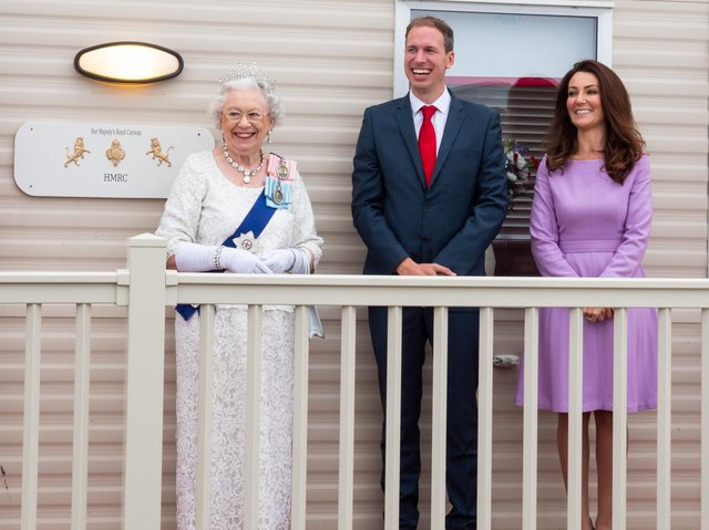 Holidaymakers can now live like royalty after a Buckingham Palace themed caravan was launched at the Yorkshire Coast.