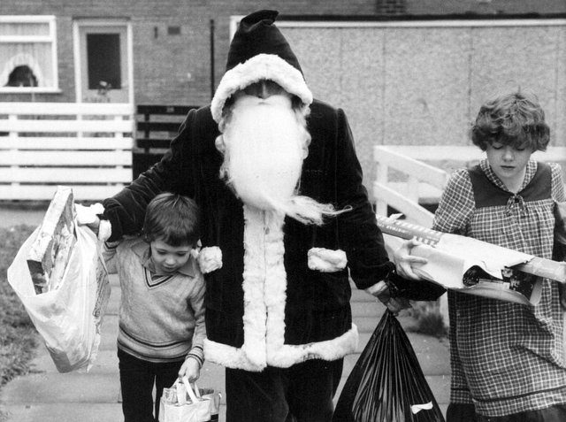 Enjoy these memories of Leeds at Christmas in the 1980s.
