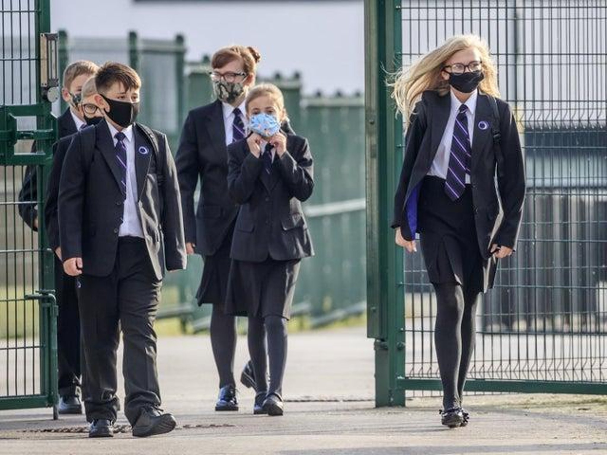 'Destroying a generation' or more Covid safe?: Leeds parents split over school closures