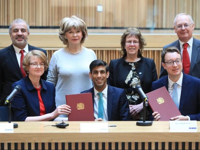 West Yorkshire's leaders with Chancellor Rishi Sunak in 2020 - following the original agreement. (GETTY)