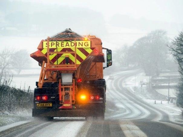 Frequent snow showers may lead to travel disruption in places, the Met Office said.