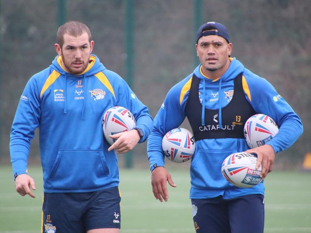 Zane Tetevano, right, at his first Rhinos' training session, with new teammate Cameron Smith. Picture by Phil Daly/Leeds Rhinos.