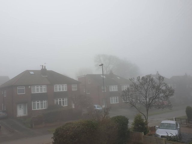 Fog warning issued in Leeds with possible delays to bus and train services
