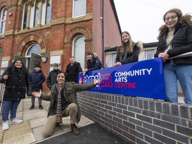 Tony Macaluso , Co-Director Chapel FM /Heads Together Productions, with some of the young people he has been working with. (l-r) Juwairia Junaid, Johan Thompson, Gianluigi Van den Eikhoff, Aaran Dawson, Jake Pollard, Ellie Thompson, Seren Delaware  Chapel FM Community Arts Centre, Seacroft. 1st March 2021. Picture Bruce Rollinson