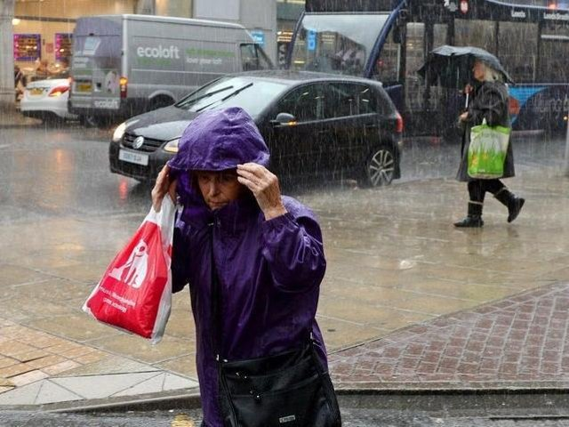 Heavy rain and extreme winds will batter Leeds on Wednesday and Thursday