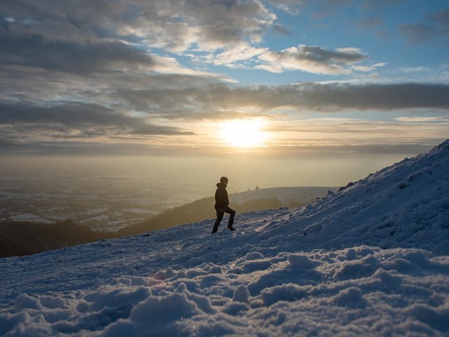 Will it be snowy or sunny in Leeds? A Polar Spring is threatening to bring more cold weather