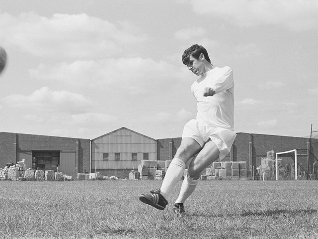 CLASS ACT: Leeds United legend Peter Lorimer during training in July 1969. Photo by Evening Standard/Hulton Archive/Getty Images.