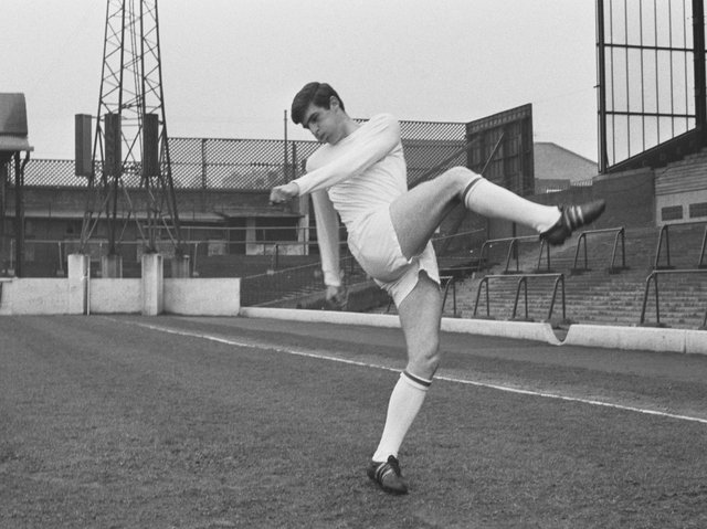 Peter Lorimer during pre-season training in July 1969. Pic: Getty