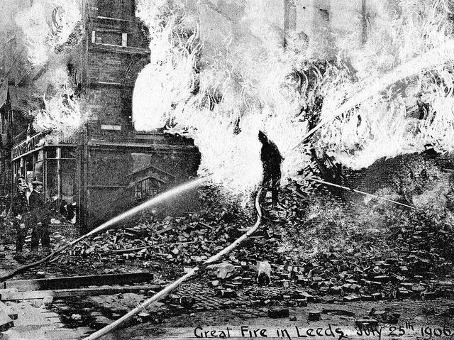 A postcard view of the Great Fire in Leeds. PIC: Leeds Libraries, www.leodis.net