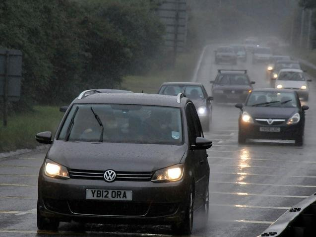 The document claims the plans will help relieve traffic on the A653 between Dewsbury and Leeds.