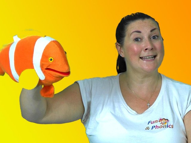 Claire Noonan of Fun and Phonics