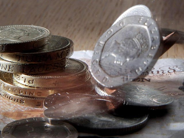 The age threshold for the National Living Wage changes from 25 to 23 today, the government has announced.