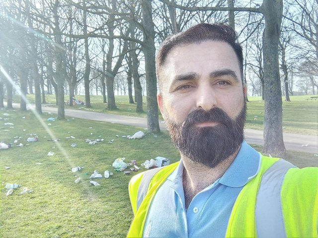 Kurdish House Leeds litter picking group assist in mammoth five hour cleanup operation on Woodhouse Moor