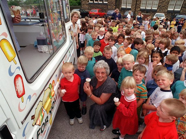 Enjoy these photo memories from around Morley in 1999. PIC: Mel Hulme