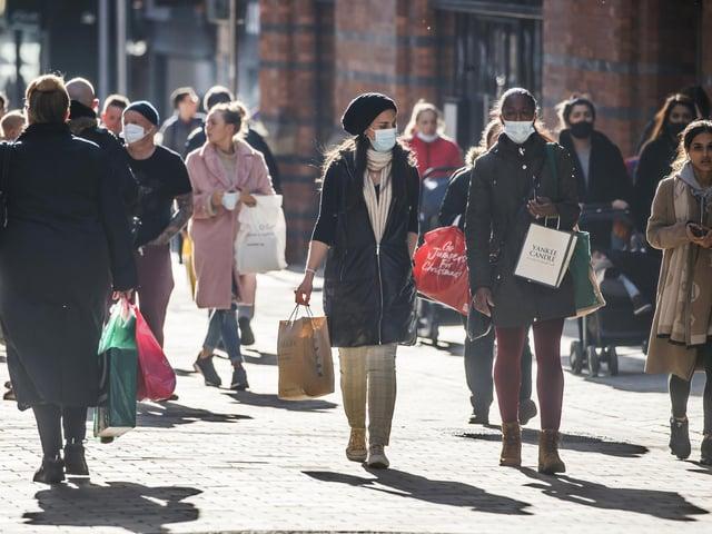 People shopping Leeds ahead of the November 2020 lockdown (photo: PA).