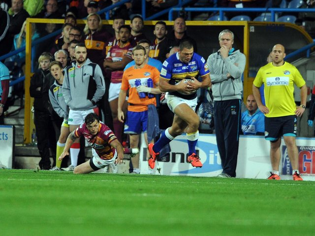 Ryan Hall collects Danny McGuire's kick at Huddersfield in 2015. Picture by Steve Riding.