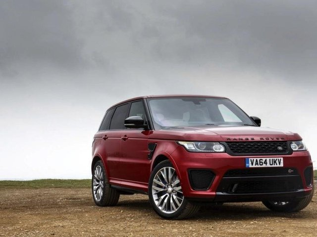 Police have warned keyless Range Rovers are being swiped in Leeds and shipped overseas