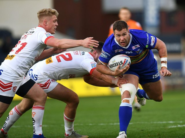 Trent Merrin in action for Rhinos against St Helens in 2019. Picture by Jonathan Gawthorpe.