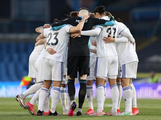 Leeds United huddle ahead of kick-off. Pic: Getty