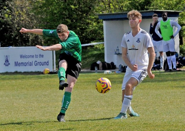 Rhys Evans shoots for Middleton Park who shocked hosts Leeds City Reserves with a 3-2 Division 1 victory. Picture: Steve Riding.