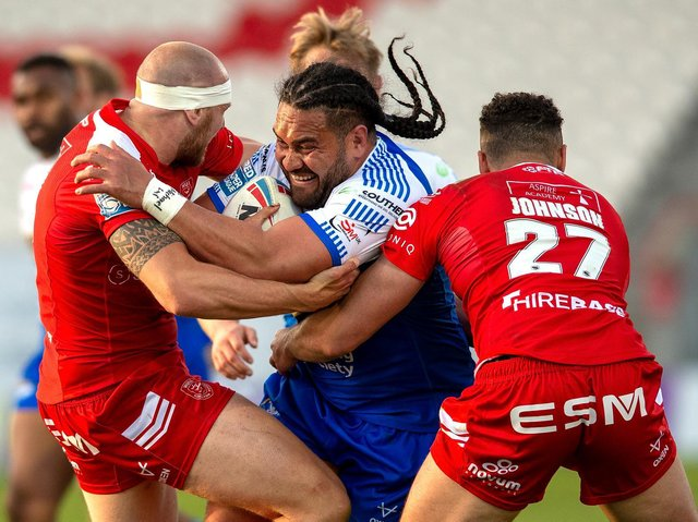 Konrad Hurrell takes on the Hull KR defence in last week's game. Picture by Bruce Rollinson.