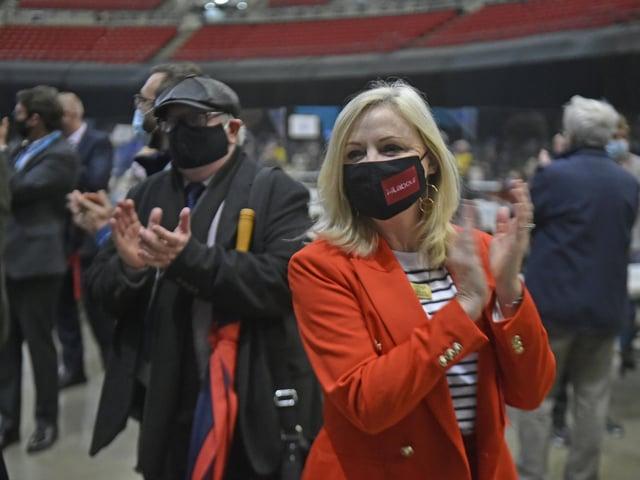Tracy Brabin applauds the Leeds figures (photo: Steve Riding)