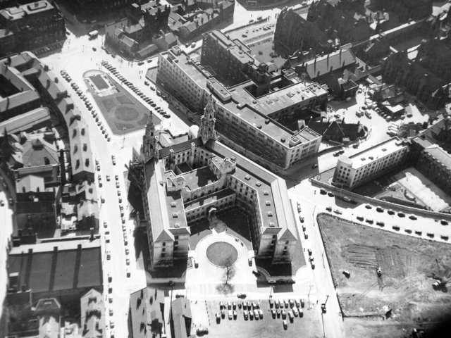 Enjoy these aerial photos from around Leeds in 1953.