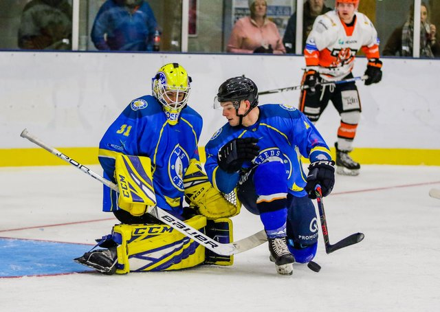 ON THE BENCH: Netminder Sam Gospel and Lewis Baldwin are just two players  known to have signed up for the 2021-22 NIHL National season in Leeds. Picture courtesy of Mark Ferriss