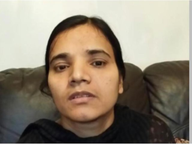 Police searching for woman who went missing from popular West Yorkshire shopping centre today