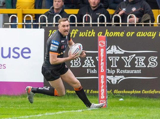 James Clare opens the scoring for Tigers. Picture by Allan McKenzie/SWpix.com.