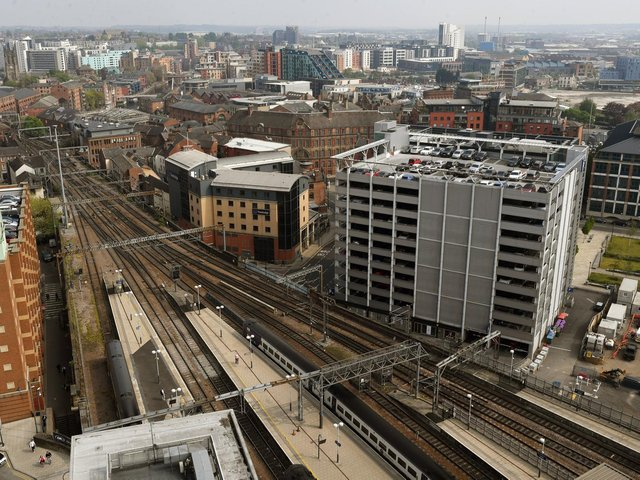 Lines blocked out of Leeds station due to damaged wires at Armley Junction with disruption expected all night
