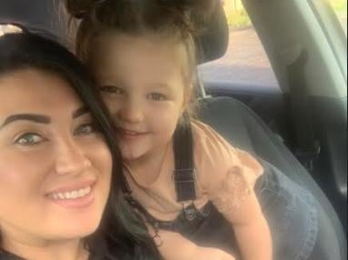 Maya Gaunt has been hailed a 'little hero' for calling 999 when her pregnant mum collapsed at home.