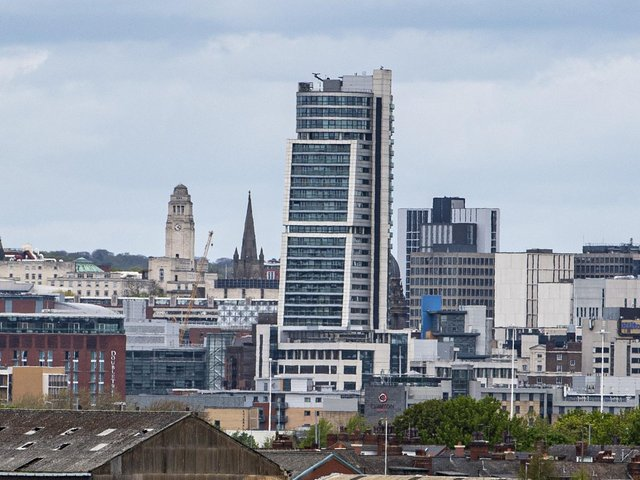 Buyers are looking to move back into Leeds city centre, figures show.