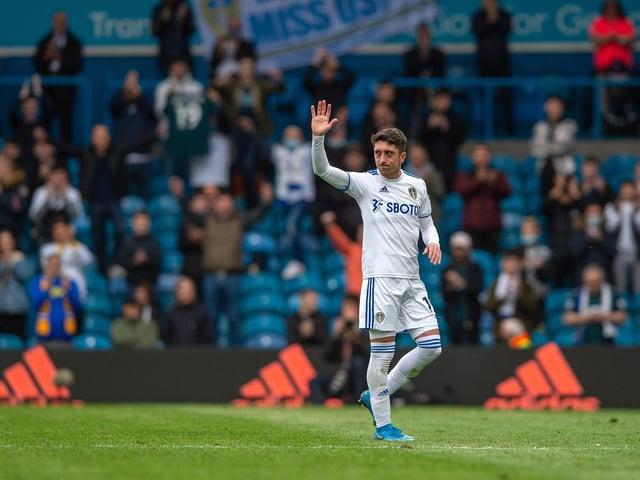 Leeds United playmaker Pablo Hernandez waves goodbye to Elland Road. Pic: Bruce Rollinson