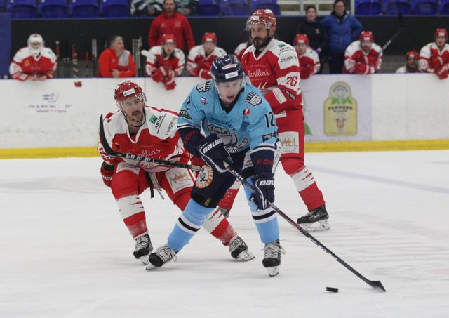 TOP MARKS: Kieran Brown, seen in action for Sheffield Steeldogs during the 2019-20 NIHL National season, is tipped to be a star turn for Leeds Knights by team-mate Joe Coulter. Picture courtesy of Cerys Molloy.