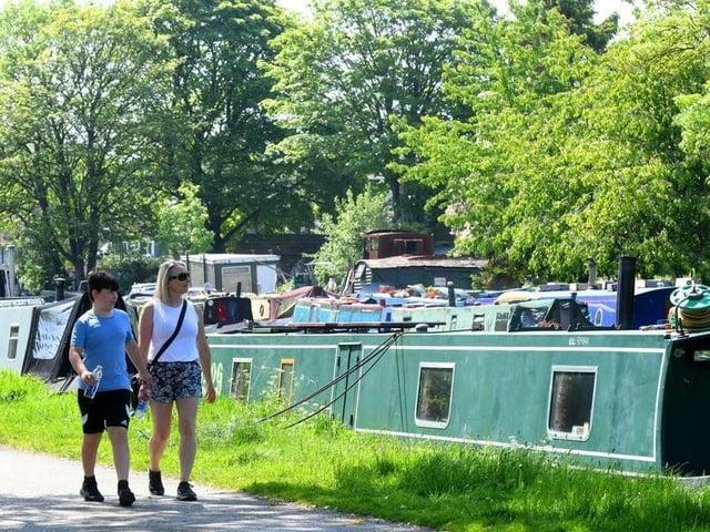 Temperatures are set to climb again as Leeds enjoys uninterrupted sunshine