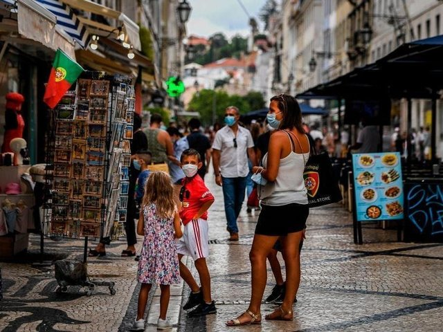 Portugal, including the islands of Madeira and the Azores, will be removed from the green list. (Photo: PATRICIA DE MELO MOREIRA/AFP via Getty Images)