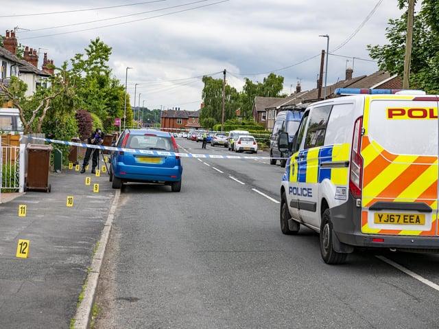 Police cordon - St Anne's Drive, Headingley (photo: Tony Johnson)