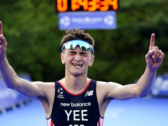 Great Britain's Alex Yee celebrates winning The AJ Bell 2021 World Triathlon Championship Series Mens Race during day 2 of the 2021 ITU World Triathlon Series Event in Leeds. (photo: PA Wire/ Danny Lawson)