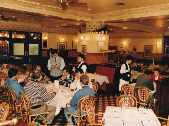 How many of these Leeds restaurants do you remember from the 1990s?