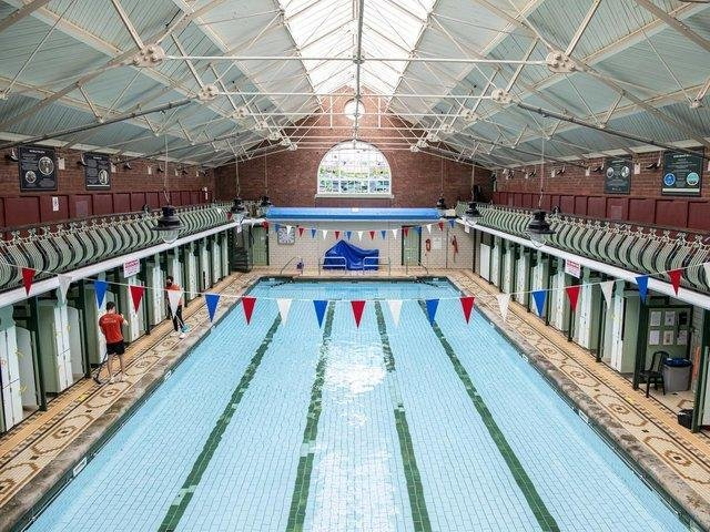 Bramley Baths to host intense summer life guarding courses for over 16s - this is how to apply