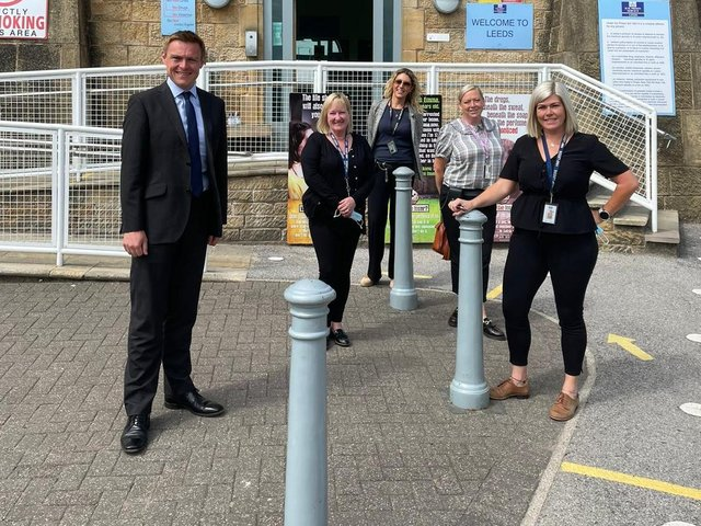 Minister for Welfare Delivery Will Quince visited HMP Leeds on Tuesday to meet Governor Steve Robson and got to see first-hand the work of the DWPs Prison Work Coach team (left to right) Donnella, Stacey, Andrea and Katie.
