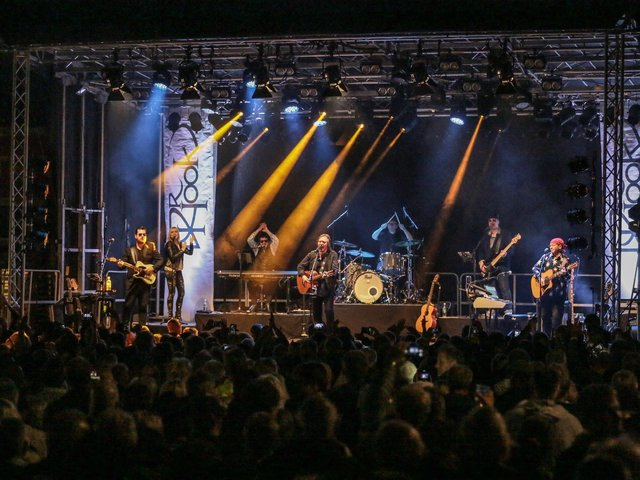 Dr Hook will play Scarborough Spa next year