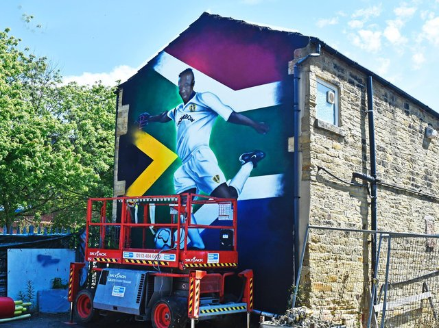 Leeds United mural recognising Lucas Radebe has been unveiled in Chapel Allerton. Pic: Steve Riding